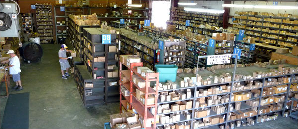 picture of our industrial bolt warehouse